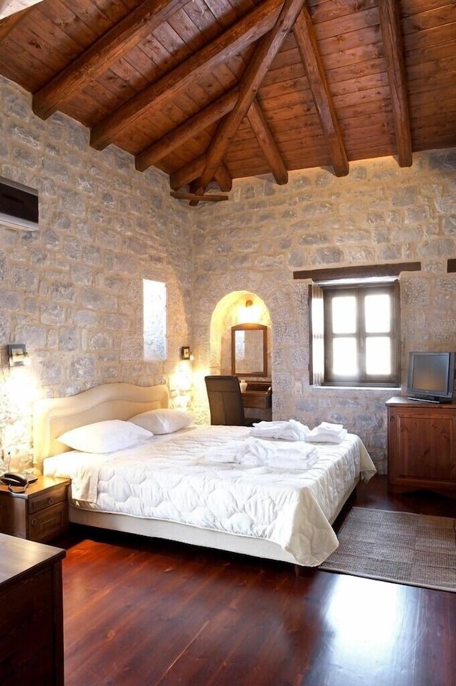 페트라 카이 포스 부티크 호텔 & 스파(Petra Kai Fos Boutique Hotel & Spa) Hotel Image 11 - Guestroom