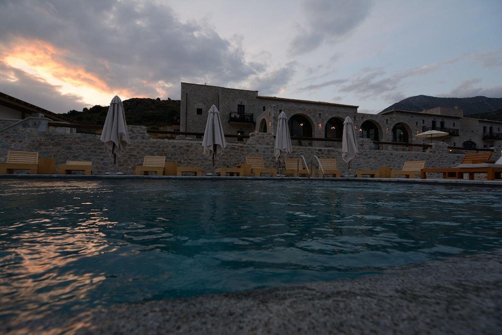 페트라 카이 포스 부티크 호텔 & 스파(Petra Kai Fos Boutique Hotel & Spa) Hotel Image 67 - Infinity Pool