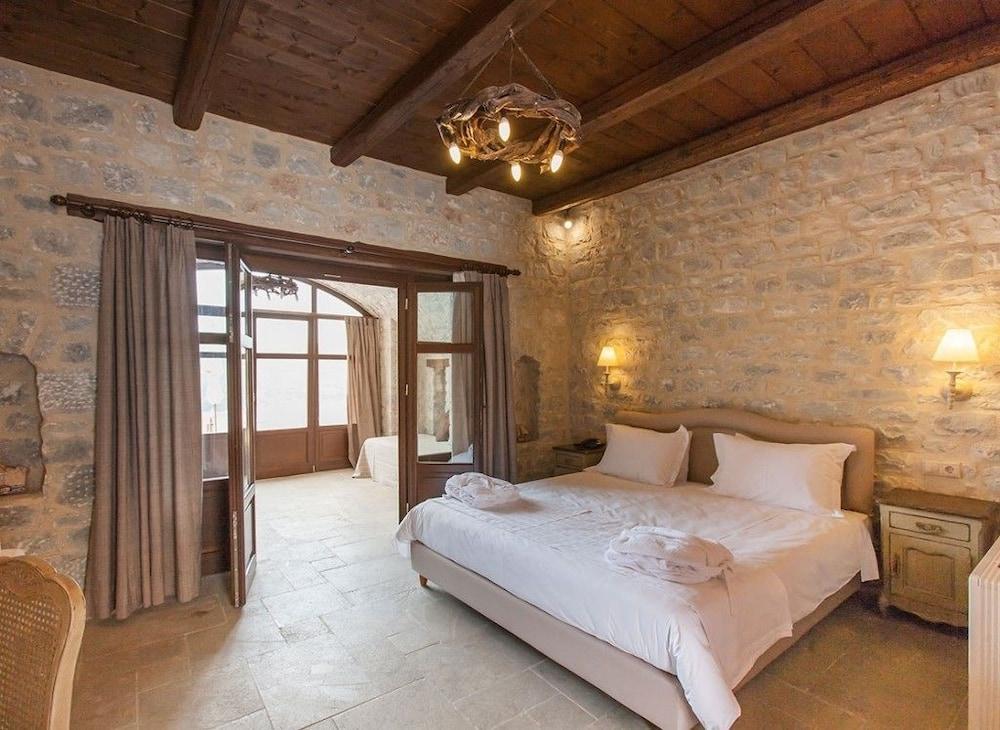 페트라 카이 포스 부티크 호텔 & 스파(Petra Kai Fos Boutique Hotel & Spa) Hotel Image 14 - Guestroom