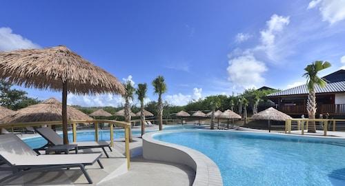 Morena Resort,