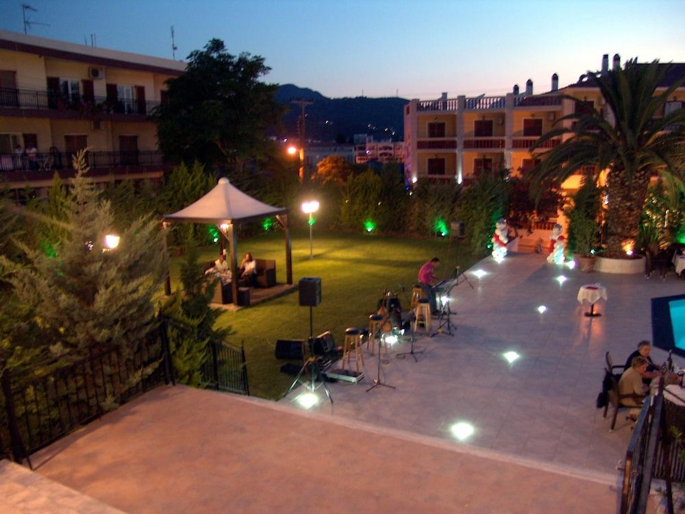 호텔 메로페(Hotel Merope) Hotel Image 25 - Property Grounds