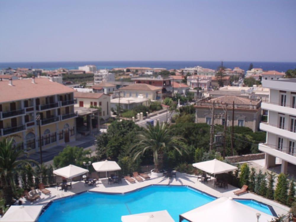 호텔 메로페(Hotel Merope) Hotel Image 20 - Outdoor Pool