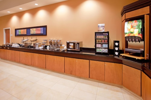 Fairfield Inn & Suites Kearney, Buffalo