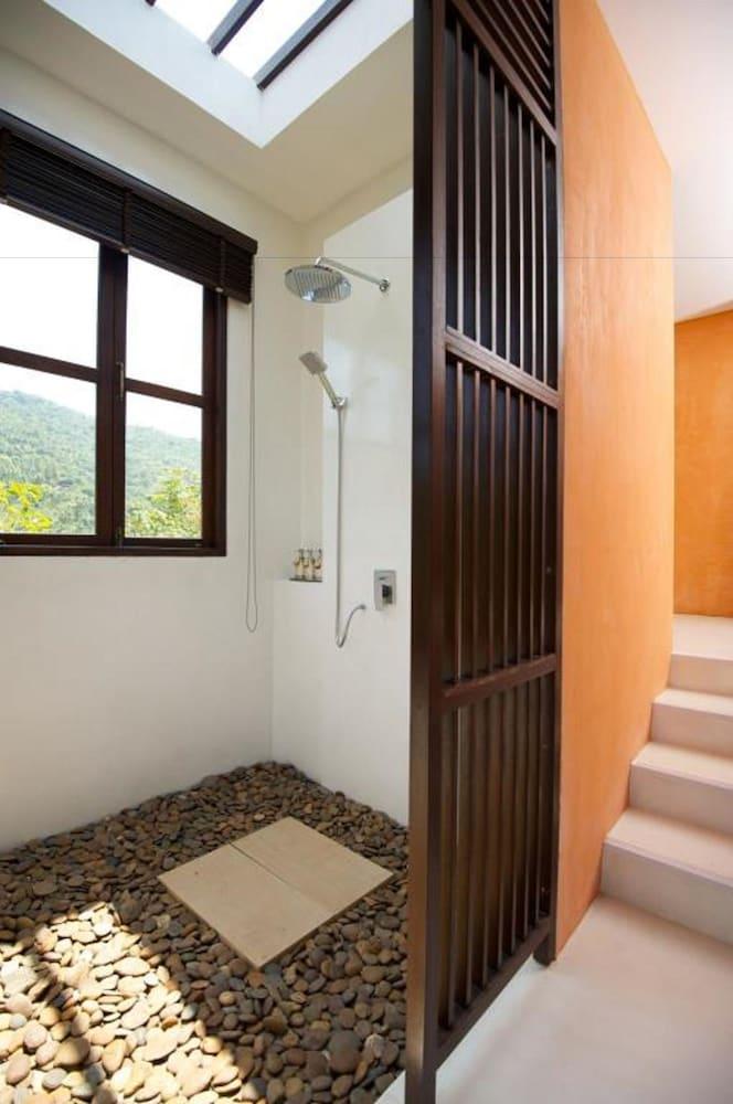 반스 다이빙 리조트(Ban's Diving Resort) Hotel Image 85 - Bathroom