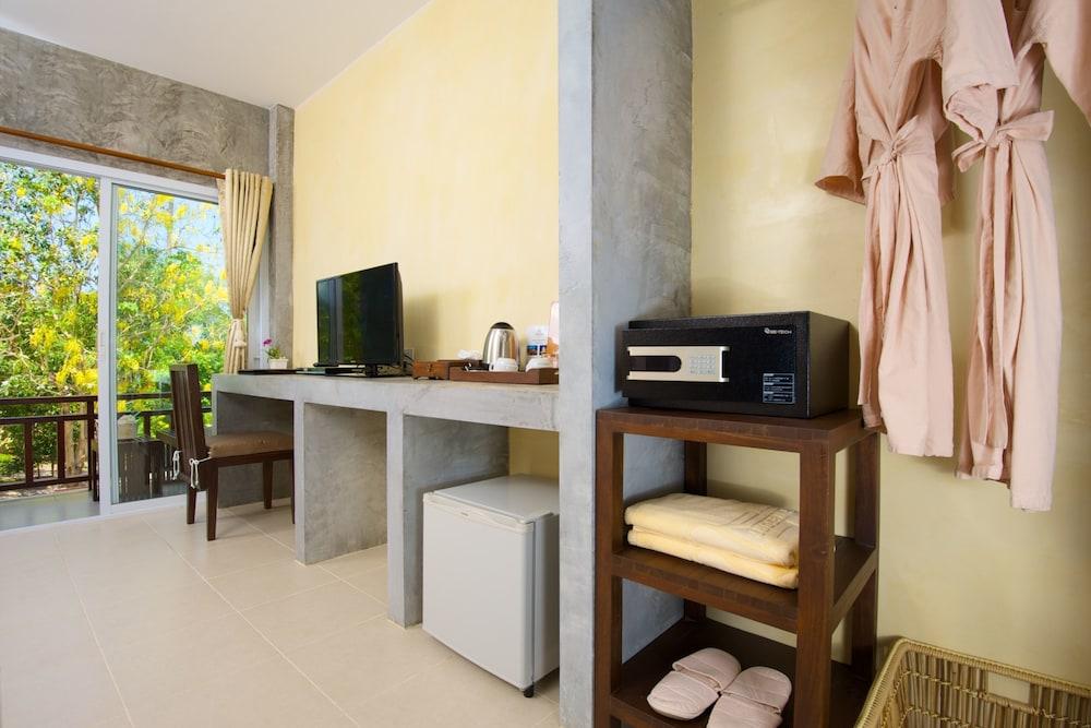 반스 다이빙 리조트(Ban's Diving Resort) Hotel Image 46 - Guestroom