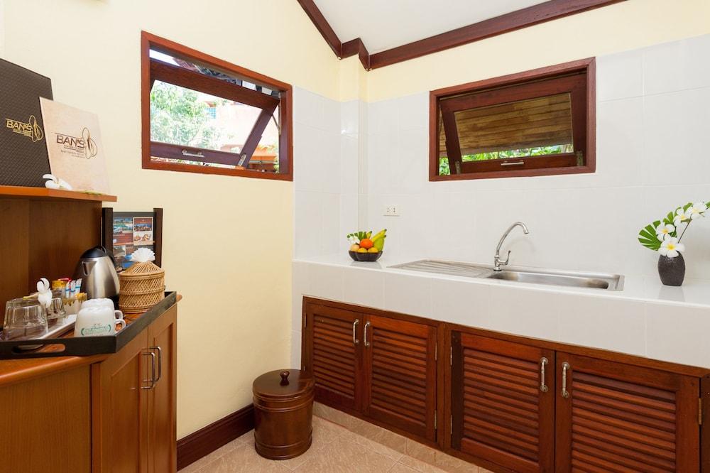 반스 다이빙 리조트(Ban's Diving Resort) Hotel Image 95 - Bathroom