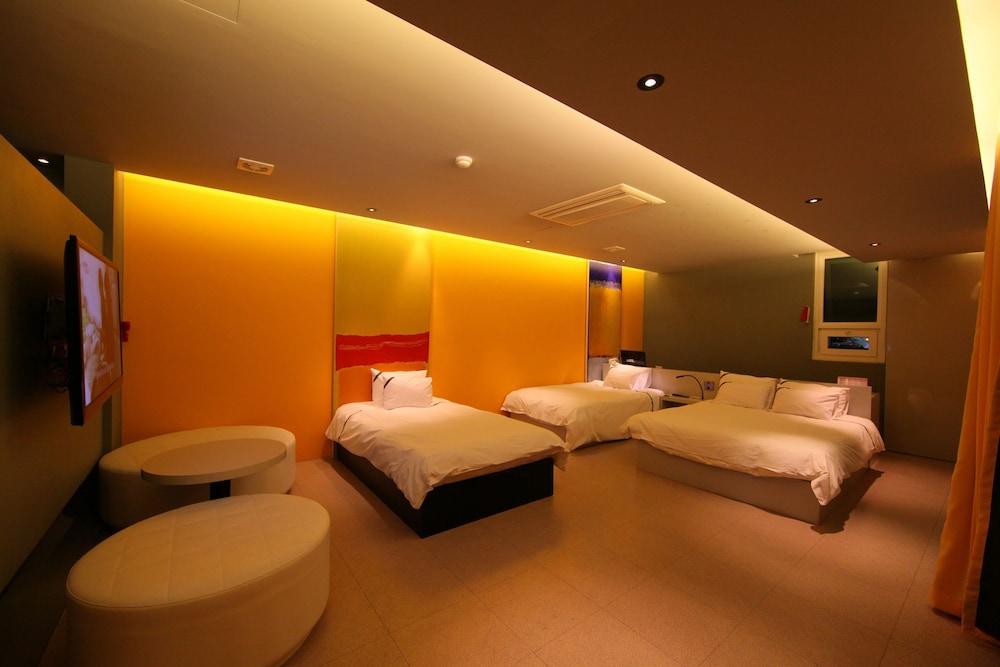오스카 스위트 호텔(Oscar Suite Hotel) Hotel Image 17 - Guestroom