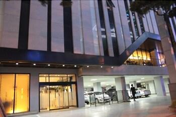 오스카 스위트 호텔(Oscar Suite Hotel) Hotel Image 48 - Hotel Entrance