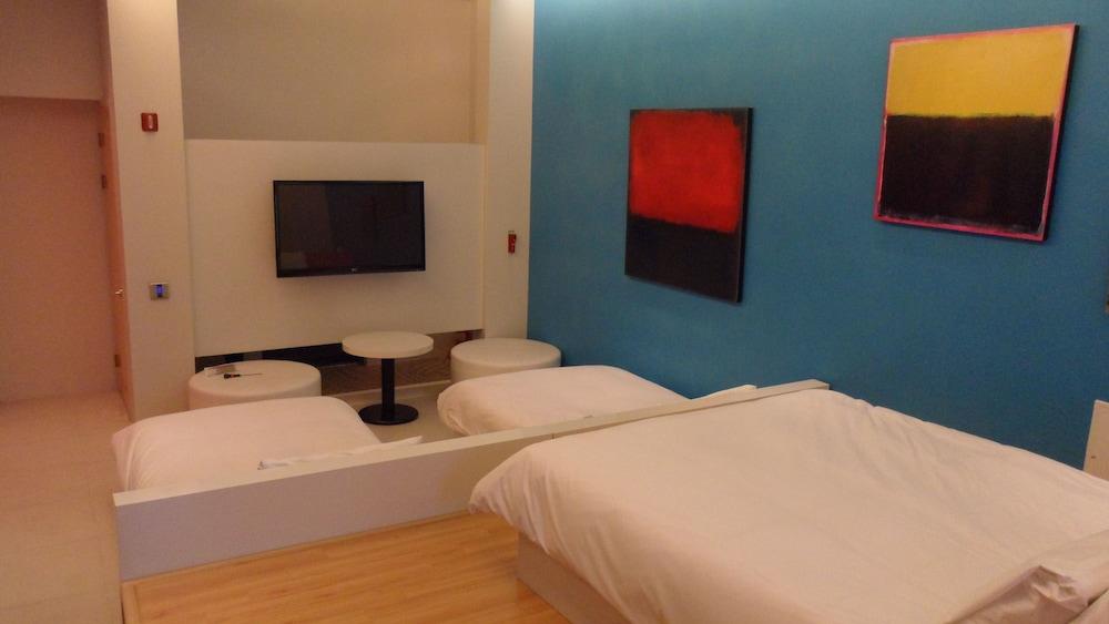 오스카 스위트 호텔(Oscar Suite Hotel) Hotel Image 8 - Guestroom