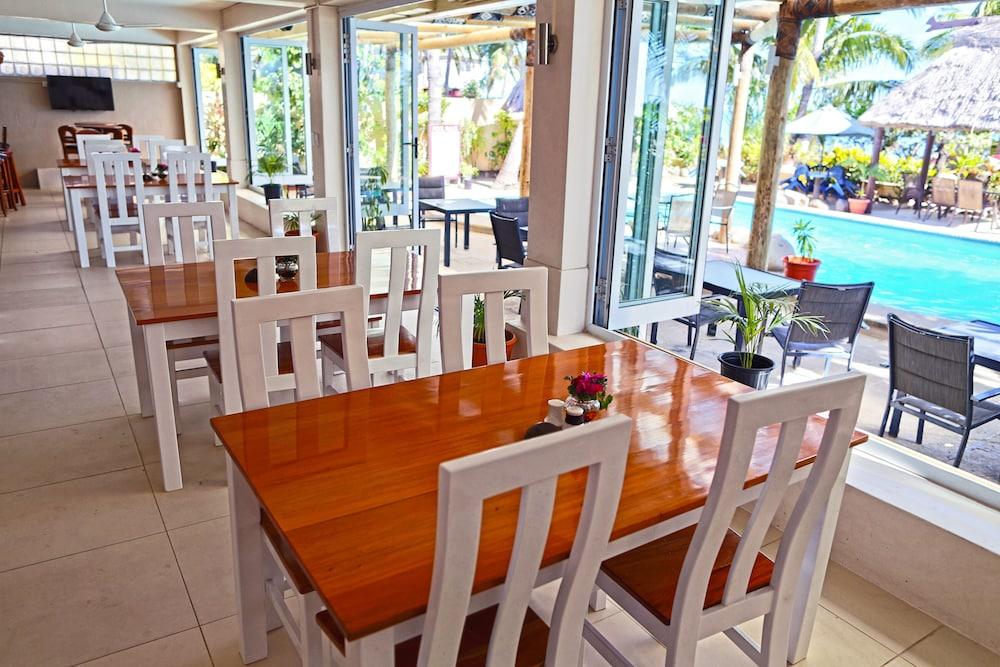 아쿠아리우스 온 더 비치(Aquarius on the Beach) Hotel Image 50 - Restaurant
