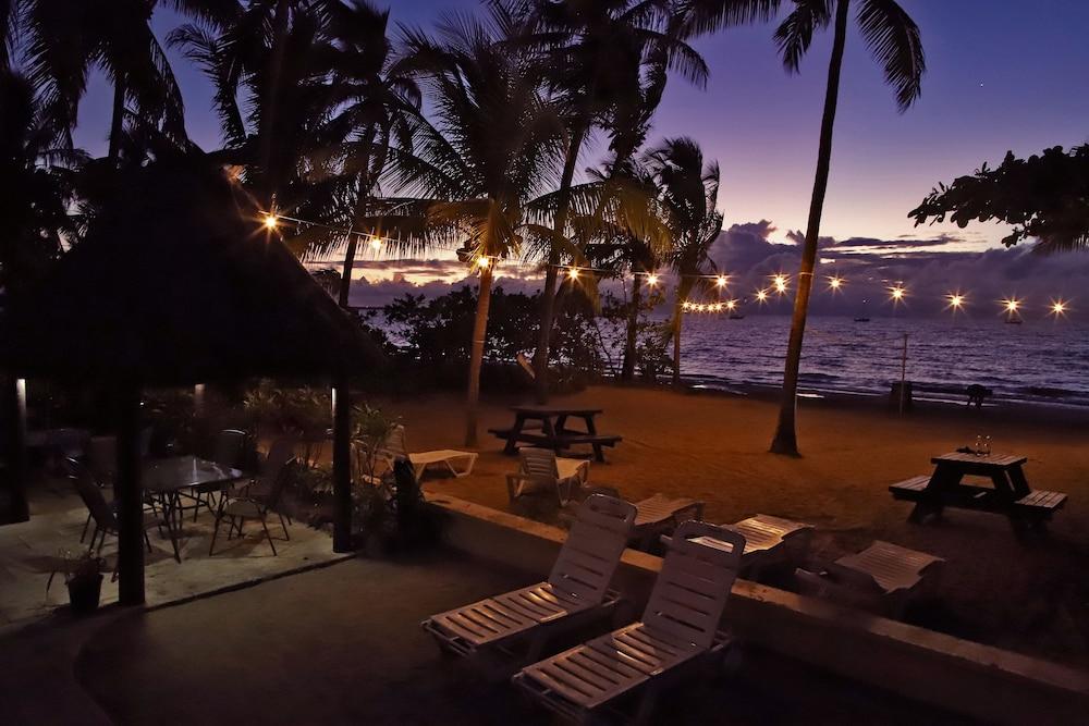 아쿠아리우스 온 더 비치(Aquarius on the Beach) Hotel Image 62 - Beach