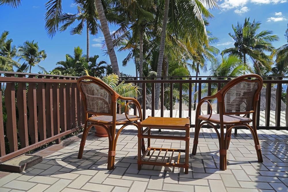 아쿠아리우스 온 더 비치(Aquarius on the Beach) Hotel Image 21 - Balcony