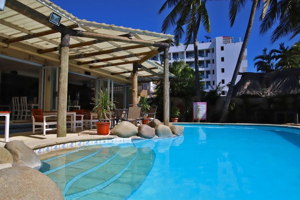 아쿠아리우스 온 더 비치(Aquarius on the Beach) Hotel Image 67 - Outdoor Pool