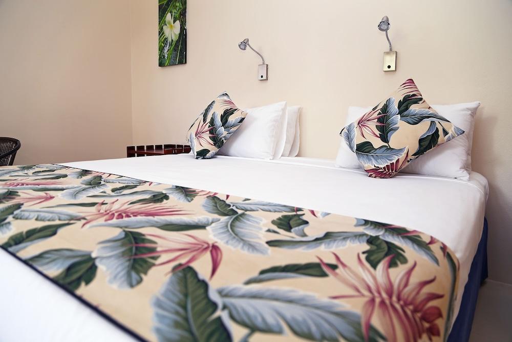 아쿠아리우스 온 더 비치(Aquarius on the Beach) Hotel Image 12 - Guestroom