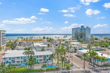 Hotel - Hollywood Beachside Boutique Suites