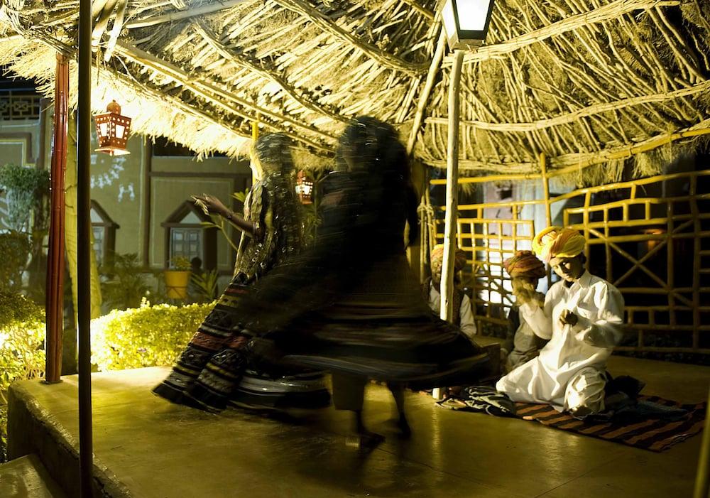 니랄리드하니 에스닉 리조트(Niralidhani Ethnic Resort) Hotel Image 15 - Theater Show