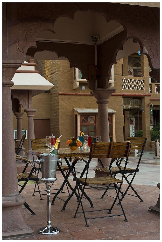 니랄리드하니 에스닉 리조트(Niralidhani Ethnic Resort) Hotel Image 25 - Outdoor Dining