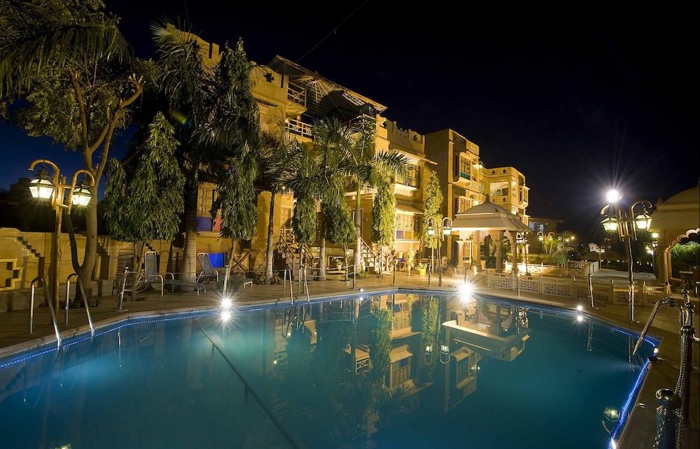 니랄리드하니 에스닉 리조트(Niralidhani Ethnic Resort) Hotel Image 0 - Featured Image