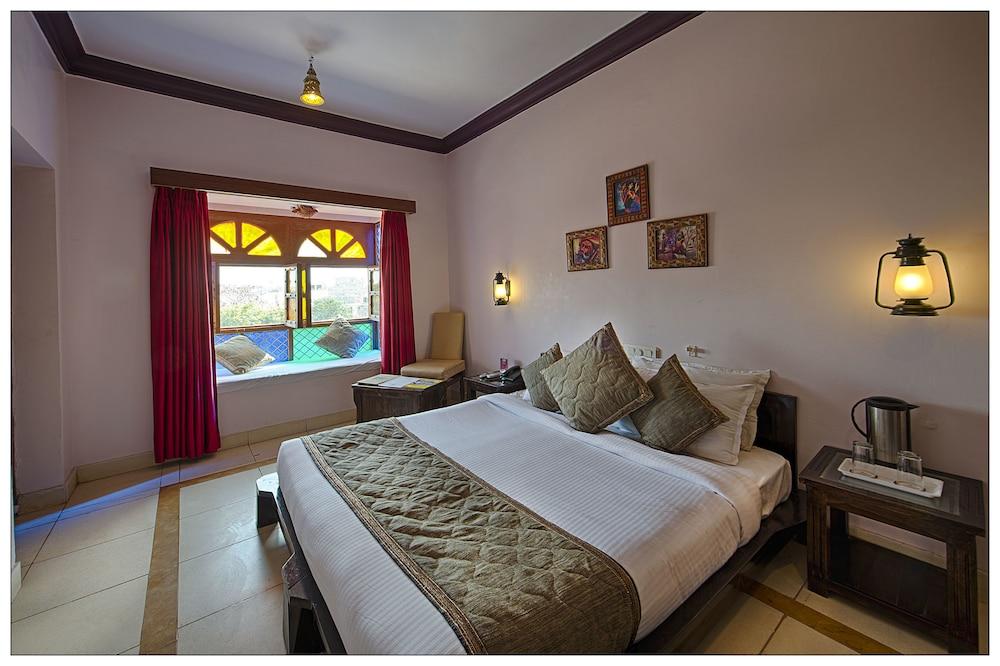 니랄리드하니 에스닉 리조트(Niralidhani Ethnic Resort) Hotel Image 7 - Guestroom