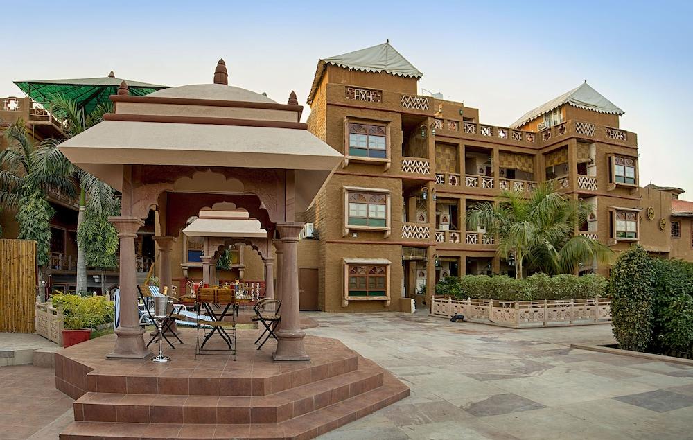 니랄리드하니 에스닉 리조트(Niralidhani Ethnic Resort) Hotel Image 26 - View from Hotel