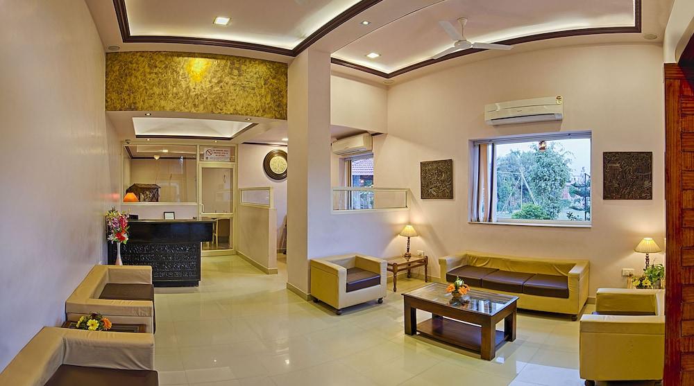 니랄리드하니 에스닉 리조트(Niralidhani Ethnic Resort) Hotel Image 20 - Reception Hall