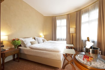 Superior Double Room, 1 Bedroom, Mountain View, Tower