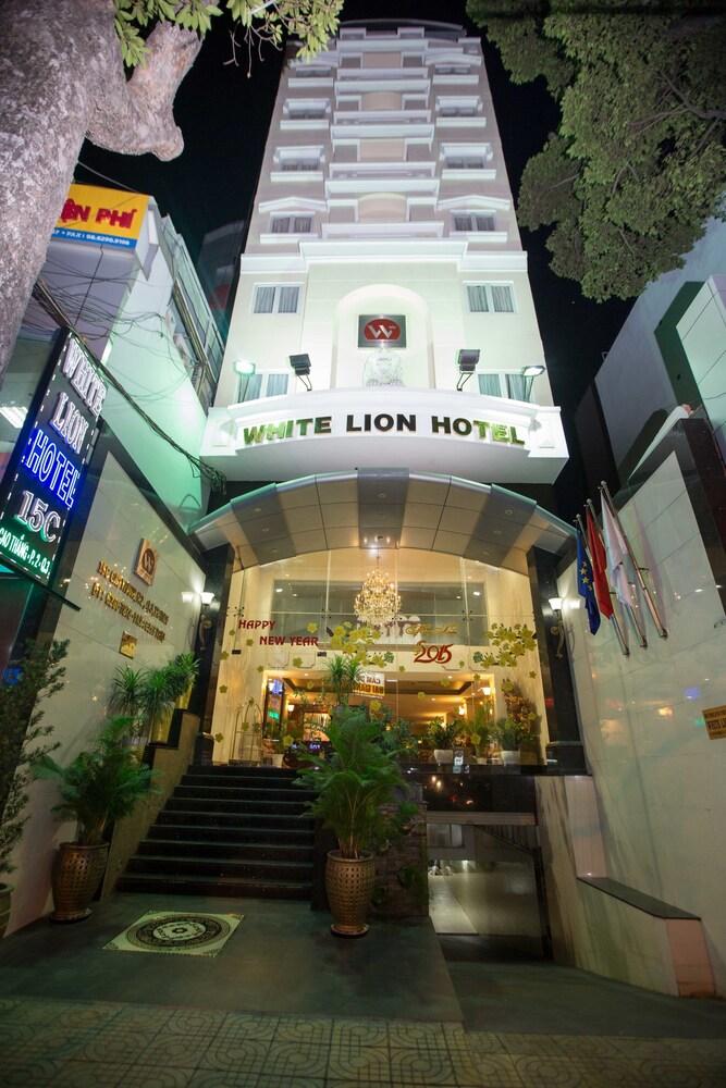 화이트 라이언 호텔(White Lion Hotel) Hotel Image 0 - Featured Image