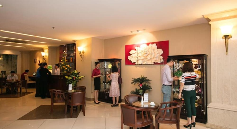 화이트 라이언 호텔(White Lion Hotel) Hotel Image 2 - Lobby
