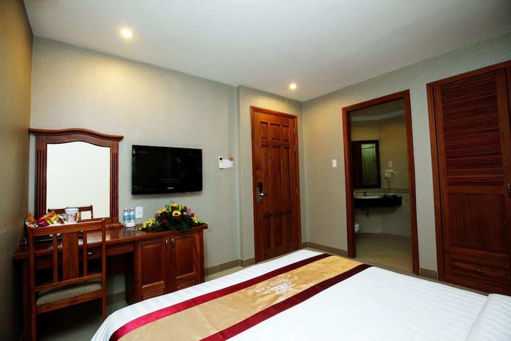 화이트 라이언 호텔(White Lion Hotel) Hotel Image 14 - Guestroom