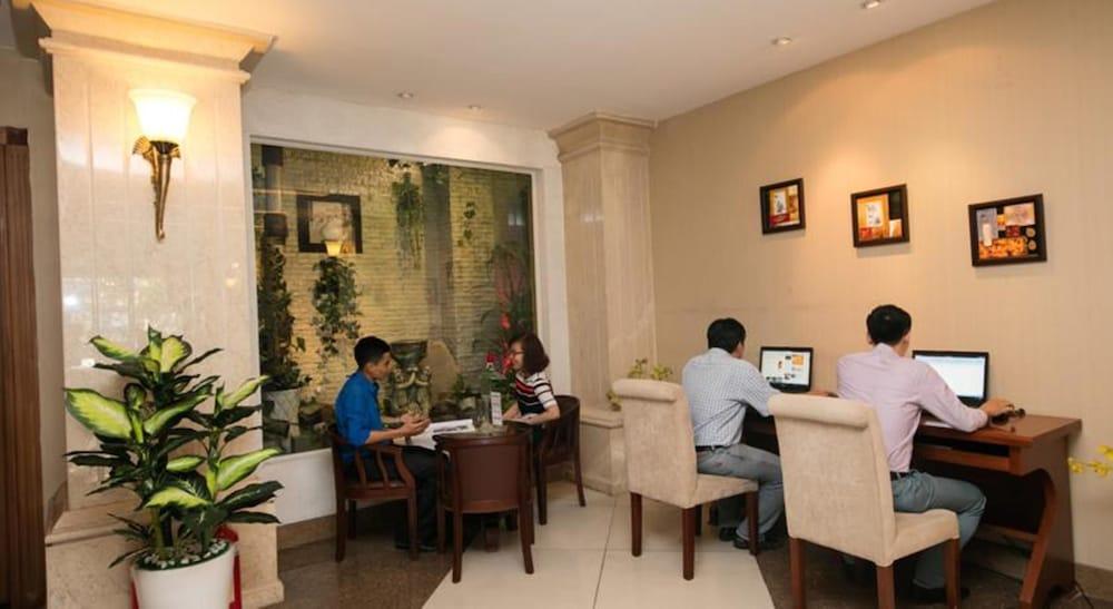 화이트 라이언 호텔(White Lion Hotel) Hotel Image 37 - Property Amenity