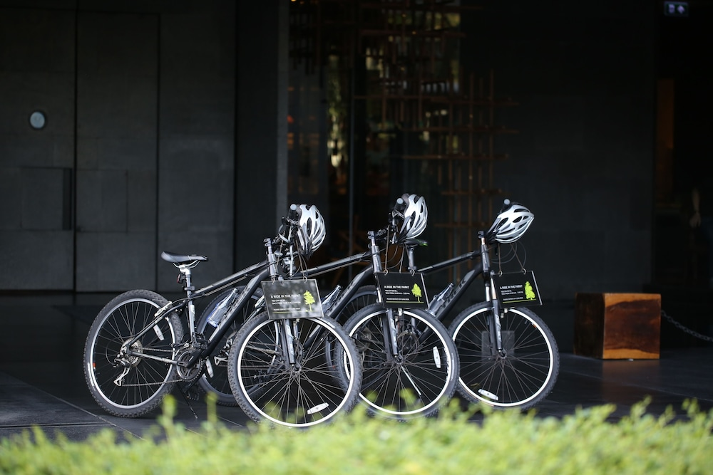 SO 소피텔 방콕(SO Sofitel Bangkok) Hotel Image 42 - Bicycling