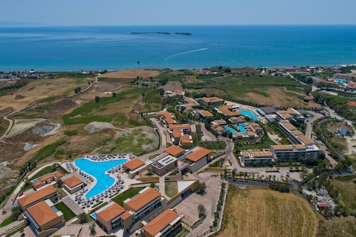 __{offers.Best_flights}__ Apollonion Asterias Resort and Spa