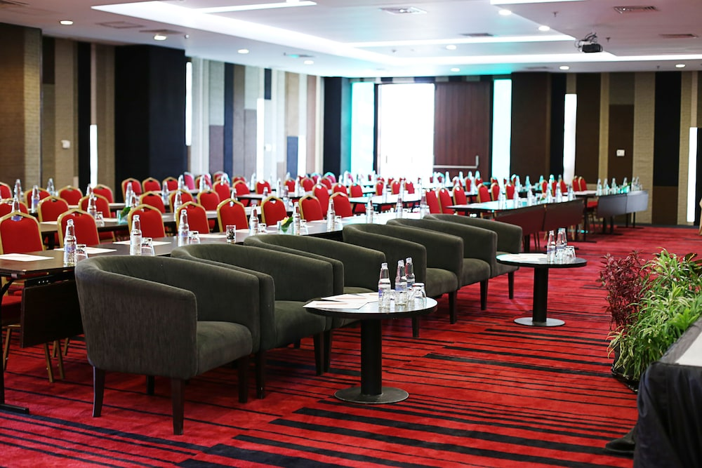 머큐어 발리 하베스트랜드 쿠타(Mercure Bali Harvestland Kuta) Hotel Image 16 - Meeting Facility