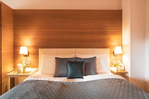 . Art & Design Hotel Napura
