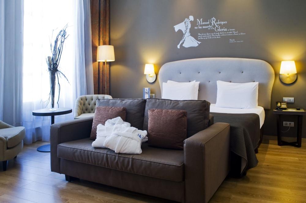 호텔 에우로스타스 파티오스 데 코르도바(Hotel Eurostars Patios de Córdoba) Hotel Image 7 - Guestroom