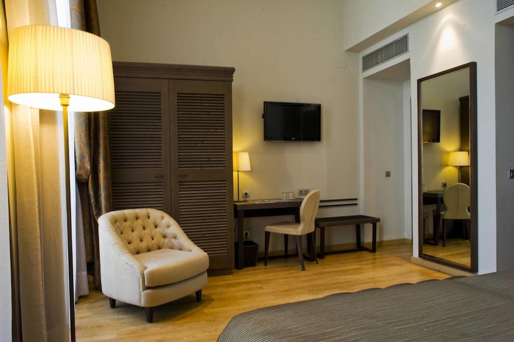 호텔 에우로스타스 파티오스 데 코르도바(Hotel Eurostars Patios de Córdoba) Hotel Image 11 - Living Area