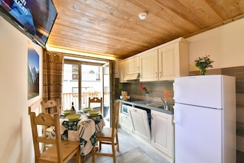 Traditional Apartment, 1 Bedroom, Mountain View, Annex Building