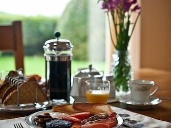 손턴 로지 팜(Thornton Lodge Farm) Hotel Image 10 - Dining