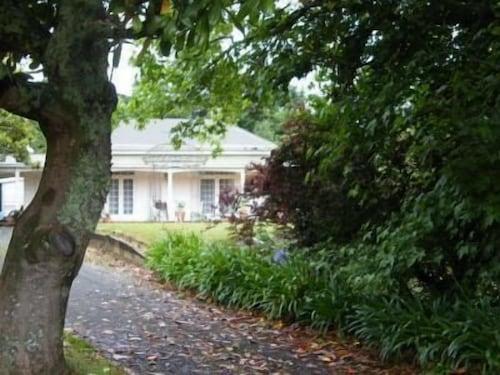 Foxgloves Bed and Breakfast, Waikato