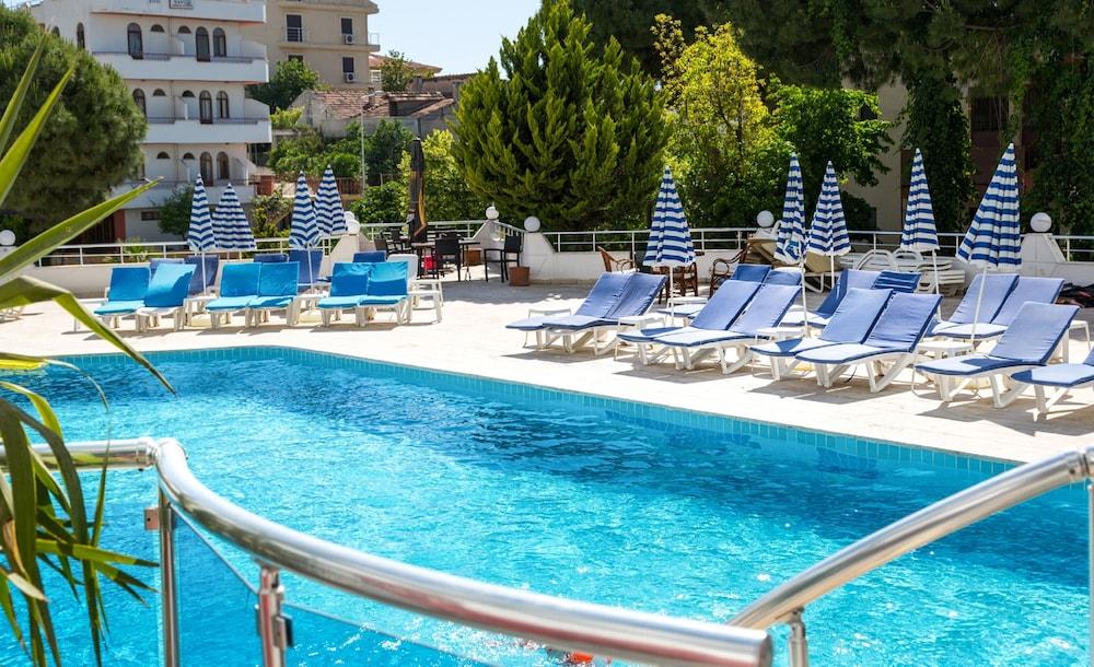 폰즈 부티크 호텔(ponz boutique hotel) Hotel Image 16 - Outdoor Pool