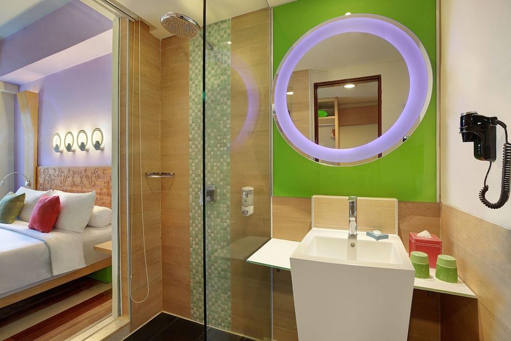 이비스 스타일스 요그야카르타(ibis Styles Yogyakarta) Hotel Image 14 - Bathroom