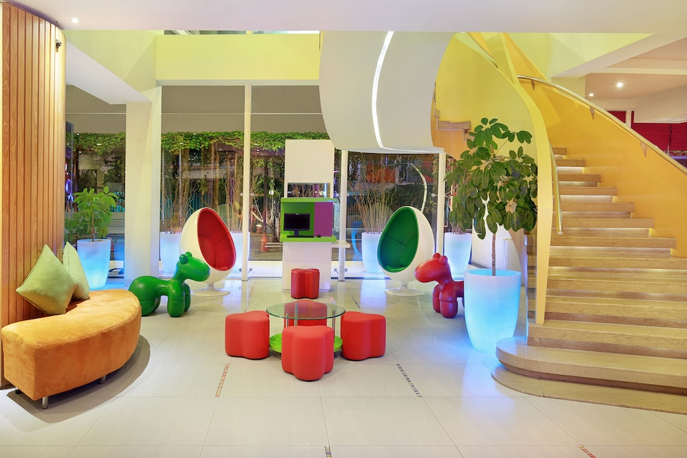 이비스 스타일스 요그야카르타(ibis Styles Yogyakarta) Hotel Image 2 - Lobby Sitting Area