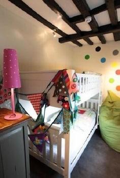 그래스하퍼 인(The Grasshopper Inn) Hotel Image 8 - Childrens Theme Room
