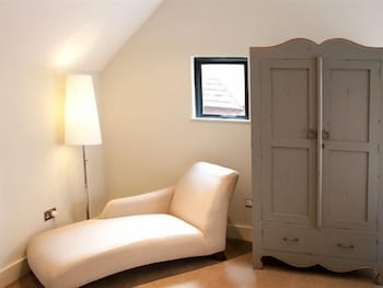 그래스하퍼 인(The Grasshopper Inn) Hotel Image 9 - Living Area