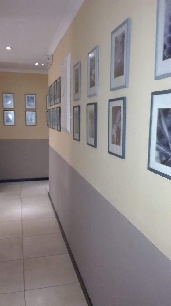 빌라 비아-미드랜드(Villa Via - Midrand) Hotel Image 48 - Hallway