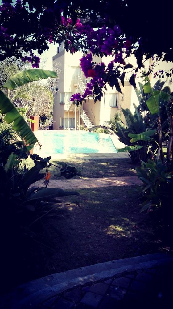 빌라 비아-미드랜드(Villa Via - Midrand) Hotel Image 70 - Garden