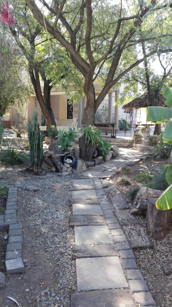 빌라 비아-미드랜드(Villa Via - Midrand) Hotel Image 77 - Garden