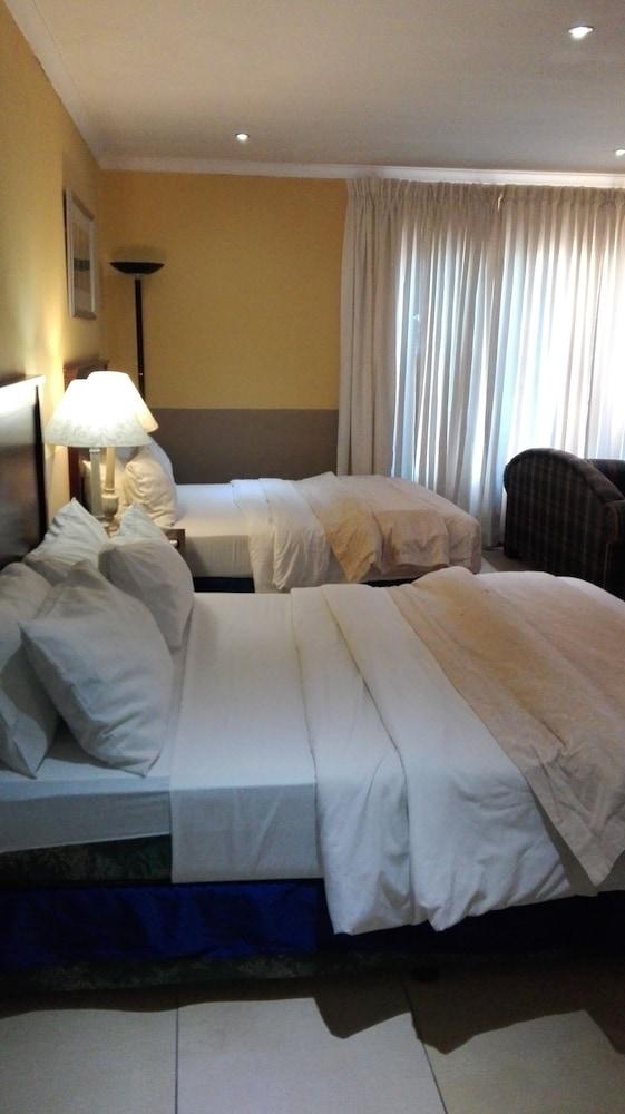 빌라 비아-미드랜드(Villa Via - Midrand) Hotel Image 6 - Guestroom