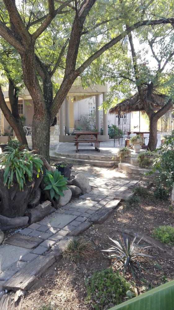 빌라 비아-미드랜드(Villa Via - Midrand) Hotel Image 76 - Garden