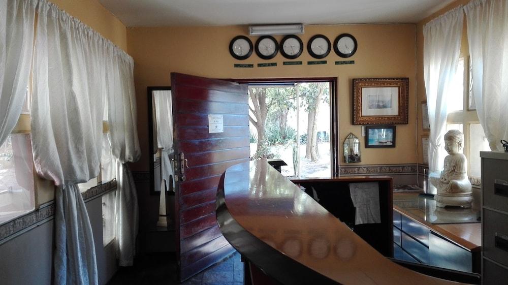빌라 비아-미드랜드(Villa Via - Midrand) Hotel Image 2 - Reception